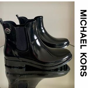Michael Kors Rain Boots Booties Charm Black SZ 9